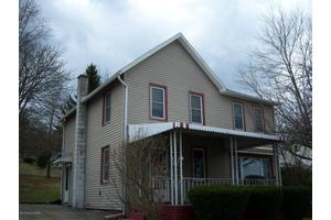 124 School St, Shavertown, PA 18708