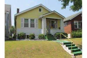 4882 Calvin Ave, St Louis, MO 63115