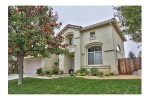 21978 Poppyfield Ct, Salinas, CA 93908