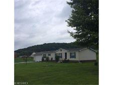 5221 Rutledge St Se, Midvale, OH 44653
