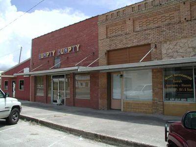 118 E Davilla St, Granger, TX