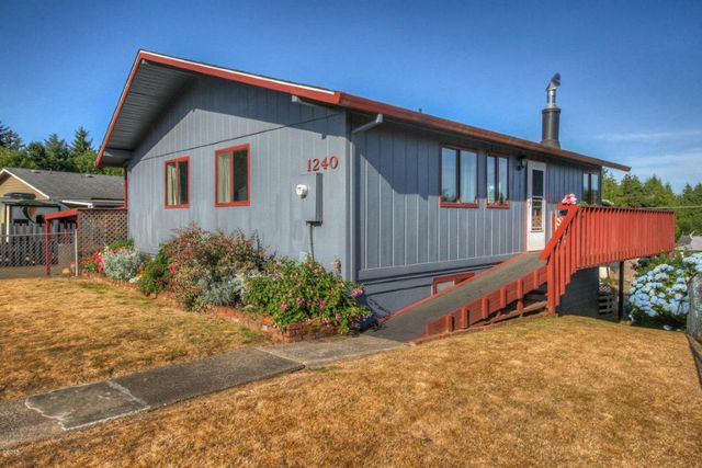 1240 se michael st waldport or 97394 home for sale and