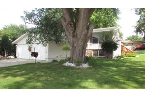 565 2nd Ave, Zumbrota, MN 55992