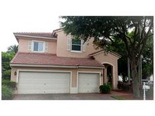 7392 Nw 18th Ct, Pembroke Pines, FL 33024