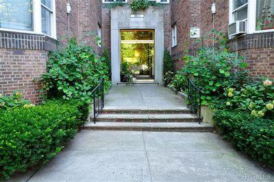 3810 Greystone Ave # 606, Riverdale, NY
