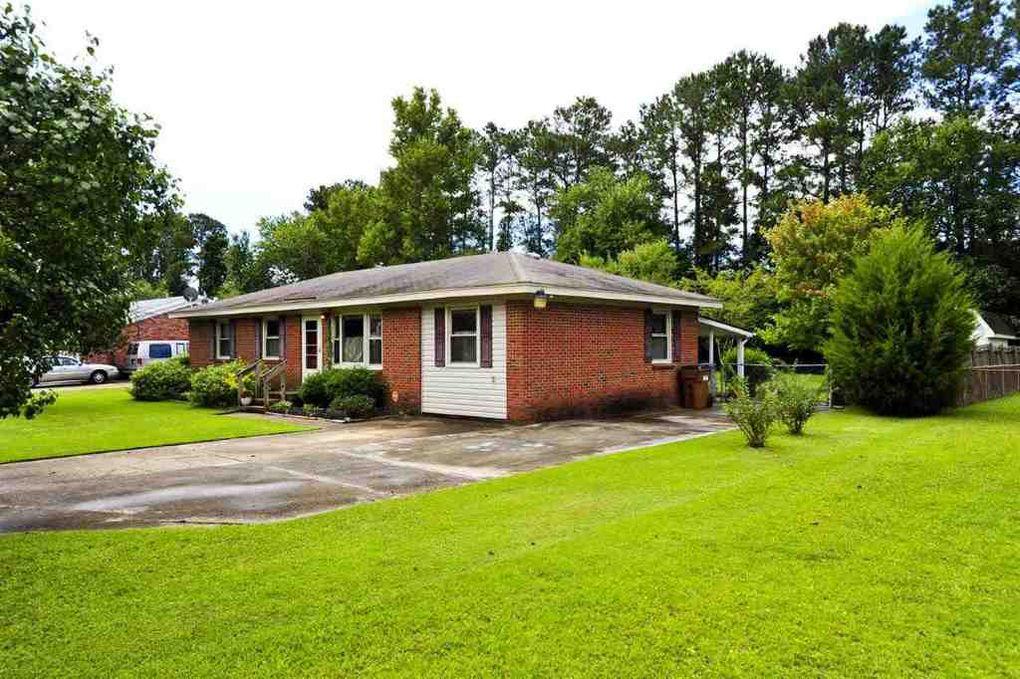 Camp Lejeune Yard Sale >> 12 Yorkshire Dr, Jacksonville, NC 28546 - realtor.com®