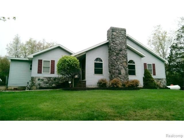 1245 Hill Rd White Lake Mi 48383 Home For Sale And