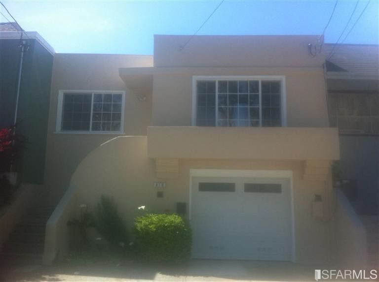 818 Schwerin St Daly City, CA 94014