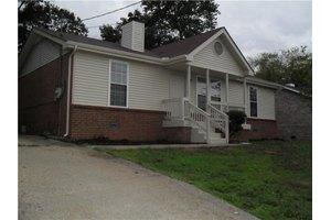 3648 Chesapeake Dr, Nashville, TN 37207