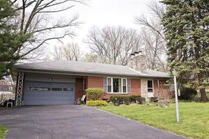 257 Napoleon Dr, Kettering, OH 45429