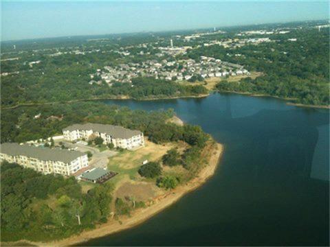 500 Waters Edge Dr Apt 225, Lake Dallas, TX