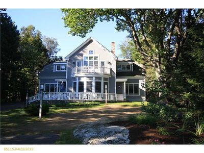 28 Grandview Ave, Boothbay Harbor, ME