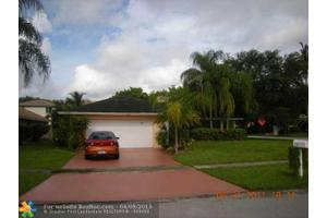 5161 NW 87th Ave, Lauderhill, FL 33351