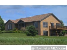 1077 192nd Ave, New Richmond, WI 54017