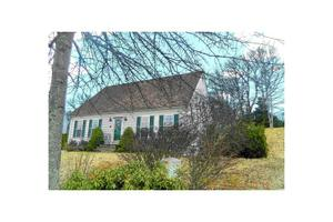 4 Sandy Bottom Shores Dr, South Kingstown, RI 02879