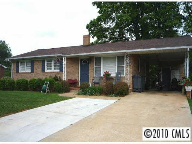 167 Monte Vista Rd, Statesville, NC 28625