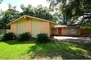 12214 Braewick Dr, Houston, TX 77035