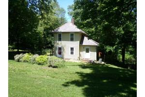 9395 Dove Rd, Frazeysburg, OH 43822