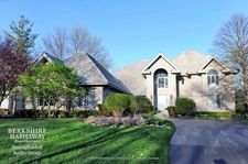 1293 Kimmer Ct, Lake Forest, IL 60045