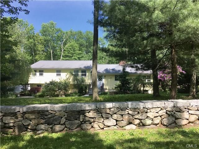 32 lonetown rd  redding  ct 06896 realtor com u00ae