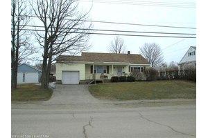 57 Cottage Rd, Millinocket, ME 04462