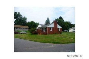 21 Oakley Rd, Asheville, NC 28803