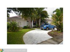 10248 Sw 12th St, Pembroke Pines, FL 33025