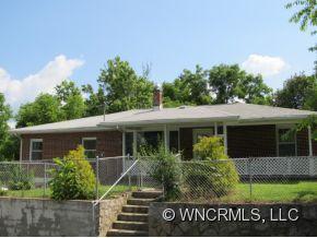 228 Oakdale St, Brevard, NC 28712