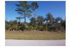 162 Woodstork Way, Frostproof, FL 33843