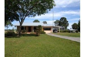 128 Park Land Dr, Lake Placid, FL 33852