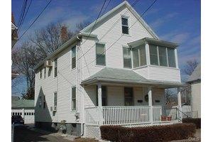 139 Davis Ave, Bridgeport, CT 06605