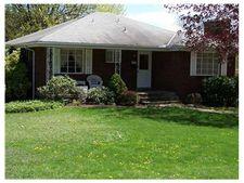 607 Dixie Dr, Penn Hills, PA 15235