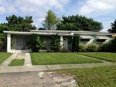 1121 Raven Ave, Miami Springs, FL 33166