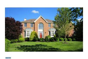 3 Glacier Dr, WEST WINDSOR, NJ 08550