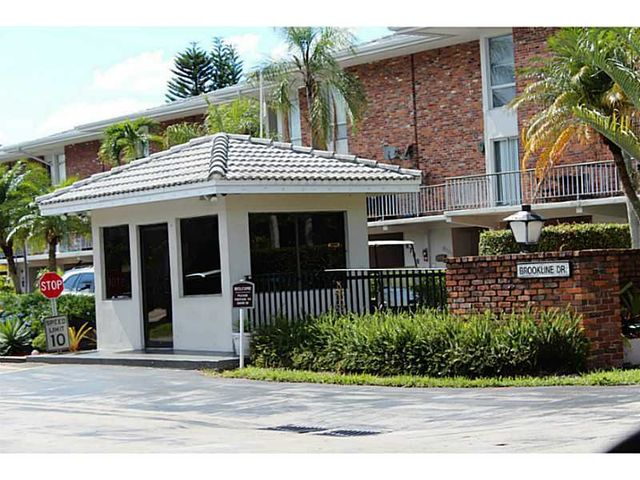 6816 brookline dr hialeah fl 33015 home for sale and