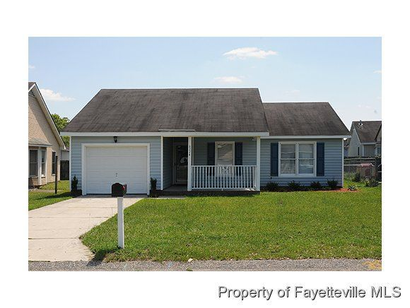 6774 Winchester St, Fayetteville, NC 28314