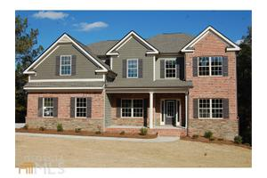 1393 Silver Thorne Ct, Loganville, GA 30052