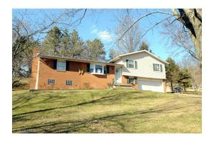 3 Manor Dr, Cambridge, OH 43725