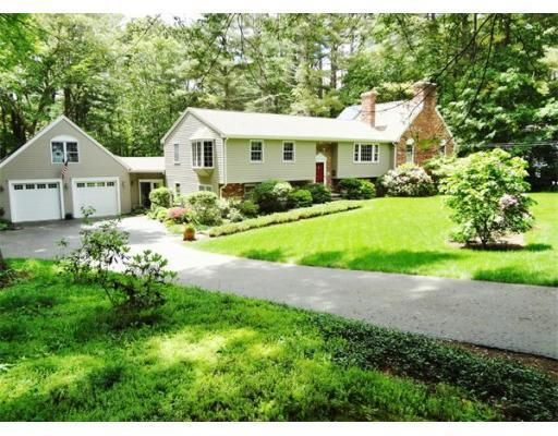 121 Bullard St Holliston Ma 01746 4 Beds 4 Baths Home