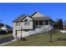 122 W Metzger Ave, Twp Of But Sw, PA 16001