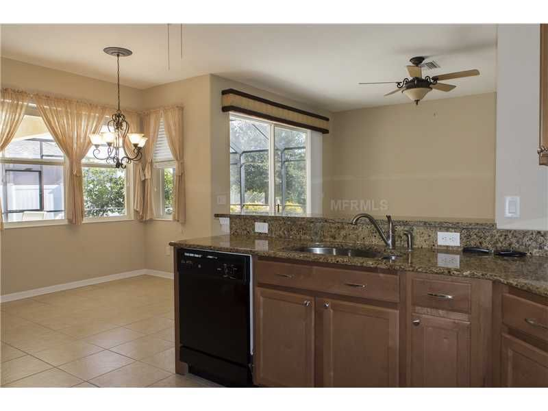 5353 layton dr venice fl 34293 for Kitchen cabinets venice fl