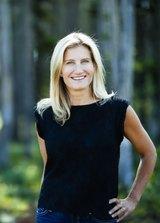 Ania                    Bulis Real Estate Agent