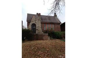4870 Calvin Ave, St Louis, MO 63115