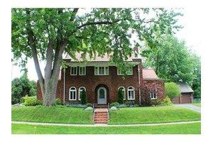 1907 W Woodruff Ave, Toledo, OH 43607