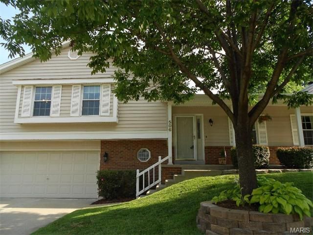 506 Country Manor Dr Saint Peters, MO 63376