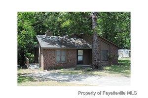 202 Wolcott Ct, Fayetteville, NC 28314