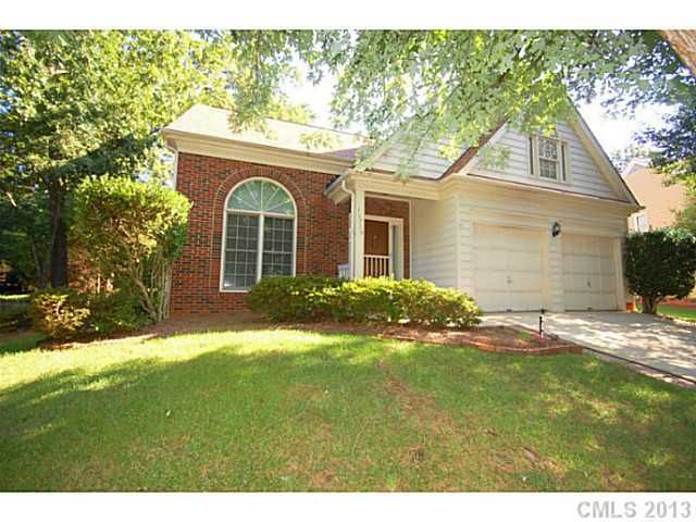 10709 Summitt Tree Ct, Charlotte, NC 28277