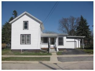 411 N Monroe St, Watertown, WI