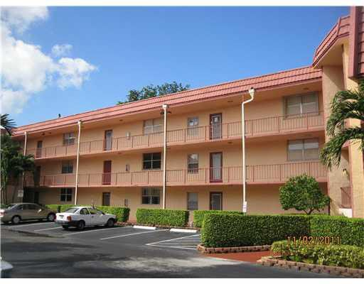 9401 Lime Bay Blvd Apt 215 Tamarac, FL 33321
