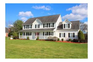 913 River Point Dr, Montgomery, NY 12549